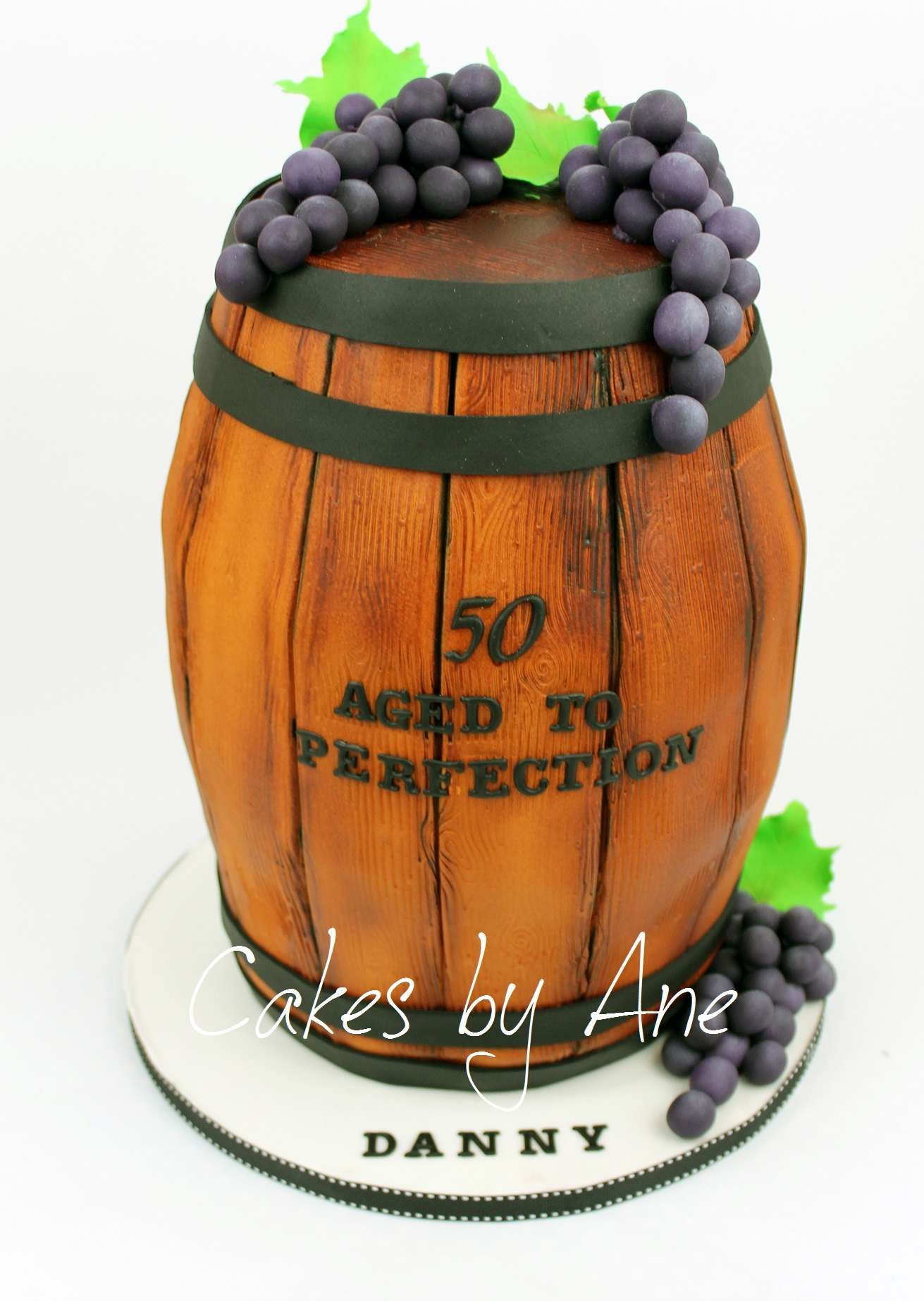 wine barrel cake tutorial